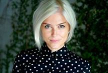 Color: Cool Blonde / Cool blonde and platinum blonde colors. Less yellow more blue or gray tones.