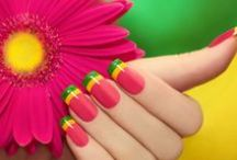Nails art / Get your inspiration to create stunning nails art. Find out how you can have an impeccable manicure, what designs are trending and how can you improve your technical skills by learning our tips and tricks of nail art.