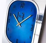 Boeing 737 - Slim Wall Art Clock - Blue / A unique piece of wall art, made from the fuselage of a Boeing 737, it has been entirely hand polished to a mirror finish. The clock face itself has been created by re-polishing the original aluminium aircraft window. The frame behind has been powder coated with a gloss finish.