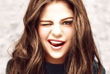Selena Gomez' ✌️ / Selena