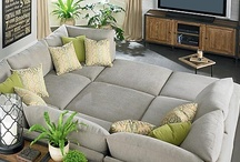 Home Decor: Basement Ideas / by Lori Thayer