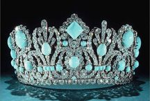 Crowns, Tiaras and Historic Headdresses / by Nan Barnum