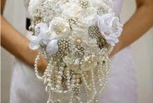 Wedding brooch bouquets / by Gail Neuman