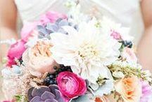 Bouquet de la mariée / Différentes couleurs, différentes fleurs, inspirez-vous pour créer le bouquet parfait pour votre mariage!