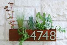 Fancy House Numbers / Pretty up your front door with these fancy house number ideas.