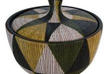 Ceramics / Pots, vessels and containers