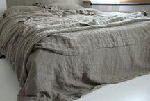 Makuuhuone / Muhkeutta, pehmeyttä ja pellavaa.