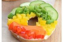 Rainbow Food / Who doesn't love some rainbow food?! Fun ideas for healthy rainbow food, rainbow recipes, rainbow cakes, rainbow party food, rainbow food art and more!