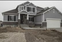 Craftsman Prelude / Take a look at this gorgeous prelude plan! The buyers picked some amazing interior finishes!