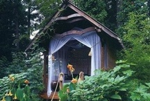 Outbuildings / Sheds, treehouses, hobbit holes, chicken coops...