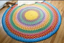 Rugs / Rugs, mats made in crochet or from old t-shirts...