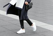 Womens / Fashion
