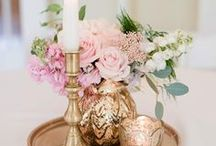 Center Pieces / Looking for creative, unique wedding centerpiece ideas for your wedding day? Whether you are looking to give inspiration to your decorator, or you are seeking DIY projects, we have endless options for you to browse!
