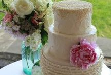 Wedding Cakes / House of Clarendon is the premier bridal bakery in Lancaster, PA. Modern, Vintage, Classic Wedding Cakes - we make them all!