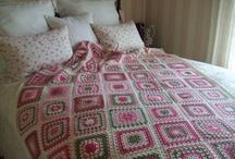 "Afghan Blankets / Colchas de crochet hechas con ""Afghan Squares"""