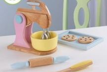 Toys & Notebooks / Lovely toys and other stuffs for your kids! :)