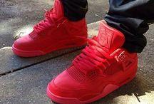 Nike Air Jordan 4 / Jordan 4