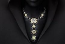 bijoux vintage, joaillerie...ou équivalent