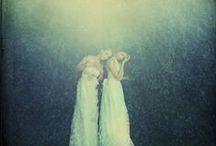 - sisters - / love