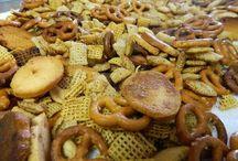 Snack Mixes, Crackers & Granola/Protein Bites