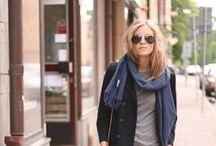 Moodboard // Kleiderschrank /  - sportlich, zeitlos  - blau, grau, braun, schwarz  - weite Oberteile  - große Schals/Tücher  - braune Lederschuhe, schlicht  - Chucks!