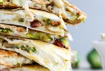Quesadilla recipes / Quesadilla can be varied in so many ways and there are so many delicious recipes it is worth having a separate board with all kind of quesadilla variations. Tortilla with cheese, chicken, black beans, spinach, veggie, bbq, barbecue, chorizo, pizzadilla, etc