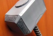 COSPLAYS / So... i made Mjölnir and it turned out pretty cool. That way I discovered that I love making costumes and walking around in 'em.