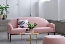 Beautiful Living: Trend Ideen / Chevron-Teppiche, Kork-Möbel, Holz, Leder und hübsche Wandfarben: Alles, was das Living-Herz begehrt, haben wir hier für euch.
