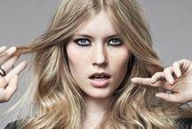 Blond / Das Board ist für alle Aschblonden, Honigblonden, Karamellblonden, Platinumblonden, für alle echten Blondinen und für alle, die nachgeholfen haben: Blonde Haar-Inspiration deluxe!