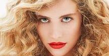 Frisuren für Locken / Stylingmöglichkeiten und Haarschnitte für Frauen mit lockigem Haar
