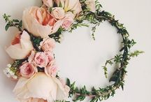 Flower Crowns & Hoops / Flower crowns for cakespiration!