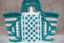 bags-purses / by Kaiti Theodoridou