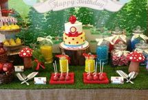 A Hint of Snow White and the Seven Dwarfs / 1st Birthday Dessert Table