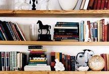 Bookshelf /  Bibliothèque /
