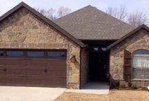 Comfortable Springdale AR home, The Chadwick / House built in Springdale AR 3 bedroom, 2 bath, formal dining, narrow lot design 2 car garage, 1650 square feet living