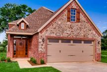 Stonemeadow Subdivision Bentonville AR The Avery / Ideal for narrow lots 1800 square feet living, 2 car garage, 3 bedroom, bonus open floor plans with large kitchen.