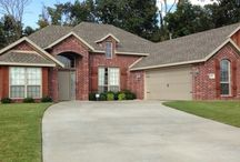 Spacious Lowell AR home, the Dover / Open floor plan, 3 bedroom, 2 bath, formal dining, large laundry, grand master suite,