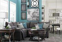 Living Room / by Johanna Bruinsma