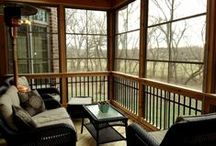 Screened Porches In The Windy City Area / Archadeck of Chicagoland is your premiere designer for custom Screen Rooms including screen porches, open porches, covered porches, Eze-Breeze porches and more.