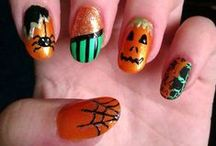 Halloween Nail Designs / Halloween Nail Designs