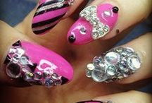 Nails Designs / Nail Arts Designs, Nail Arts Ideas and Nail Art Tutorials to achieve Nail Perfection!