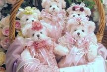 Shabby Teddy Bears / Lovely images that I might like to use in the future for creating cards and craft projects.