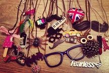 ACCESOIRES / EARINGS/BRACELETS/JEWERLY/BOWS/NECKLACES/HELIX/HAIR/STUDS/GLITTER