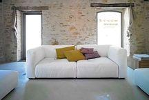 Living y sala de estar / todo para ese lugar de encuentro, sofas, sillones, cojines, rincones especiales!!!  dale una  vida amable a cada rincon