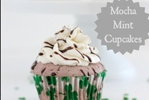 Cupcake Delights / by SimraN