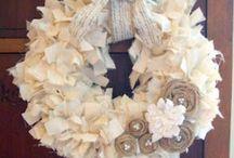 Wreaths. / Wreaths, Seasonal, Craft, DIY / by Lauren Wright
