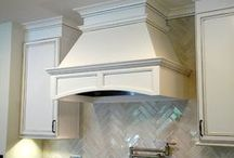 Kitchen Essentials: Hoods / Wellborn's Unique Hood and Island Program features designer combined parts to allow for maximum flexibility. Working closely with your dealer and designer allows you to create a custom look and custom functionality tailored to your kitchen. These versatile parts provide ample space for decorative accents.