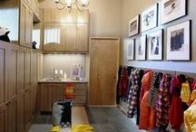Mud Rooms / Mudroom Designs created with Wellborn Cabinetry. Designs from our dealers, designers, our design contests, designs from trade shows, designs that shown on Houzz and other online sources. Beautiful work!