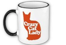 Gifts for a Cat Lover / Struggling with gift ideas for your cat-loving friend? Check out this inspiration!