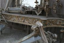 Design inspiration / Here's to changing decor like you change your ensemble! / by Kellie Wagner-Witt
